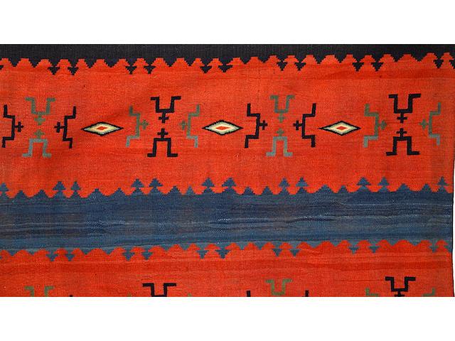 A Navajo classic manta