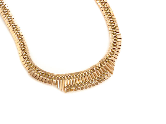 A 14k gold necklace
