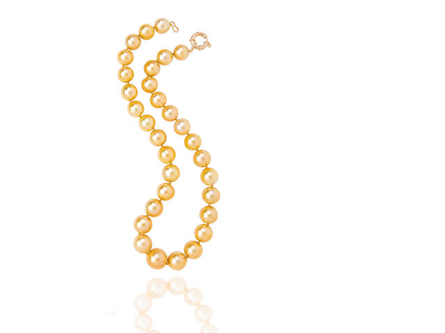A golden South Sea cultured pearl necklace