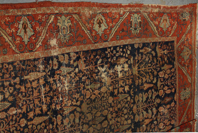 A Mahal carpet size approximately 10ft. 10in. x 14ft. 9in.