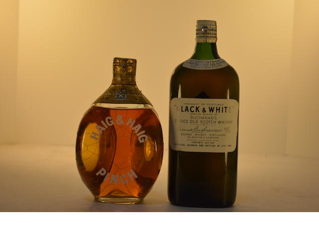 (Select Whisky) Black & White (1)  (Select Whisky) Haig & Haig Pinch (1)