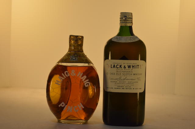 (Select Whisky) Black & White (1)  (Select Whisky) Haig & Haig Pinch (1)