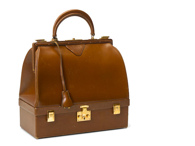 An Hermès brown leather Sac Mallette handbag