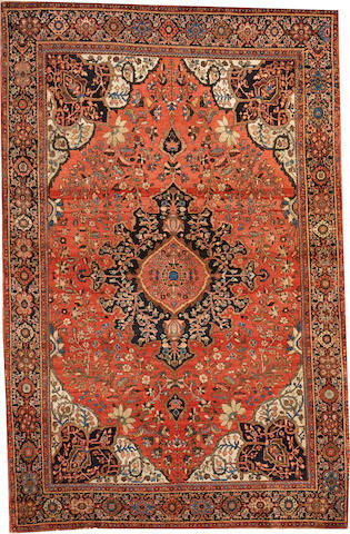 A Fereghan Sarouk rug Central Persia size approximately 4ft. 2in.x 6ft. 4in.