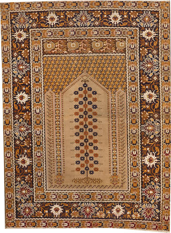 A Sivas rug Turkey size approximately 4ft. 2in. x 5ft. 4in.