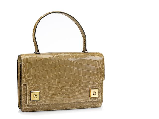 An Hermès light green crocodile Piano handbag