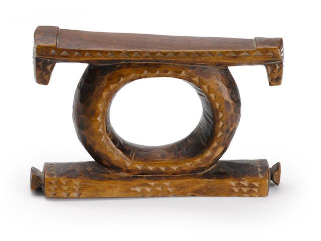 Tonga Headrest, Zimbabwe