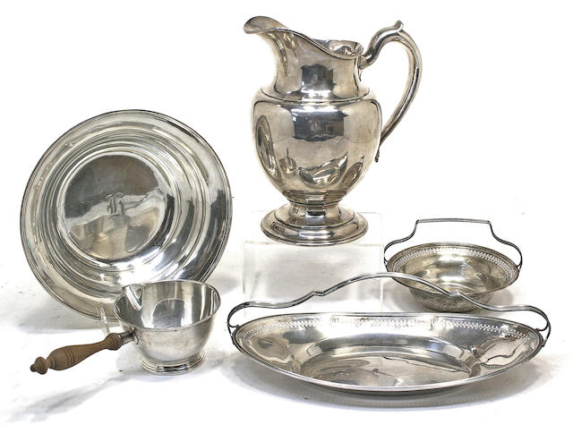 An assembled five piece group of American sterling silver hollowware by various makers, 20th century
