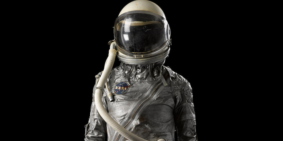 MERCURY ERA SPACESUIT. AN EXCELLENT EXAMPLE OF THE COVER LAYER FOR THE FAMOUS SILVER SPACESUIT OF THE MERCURY PROGRAM.