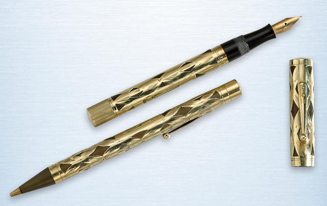 WATERMAN'S: No. 554 L.E.C. 14K Gold Basketweave Fountain Pen and Propelling Pencil Set, c.1920s