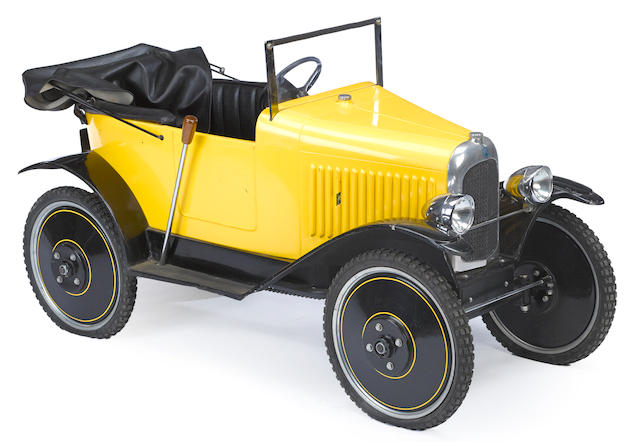 A good 1920s era Citroën open seat touring pedal car,