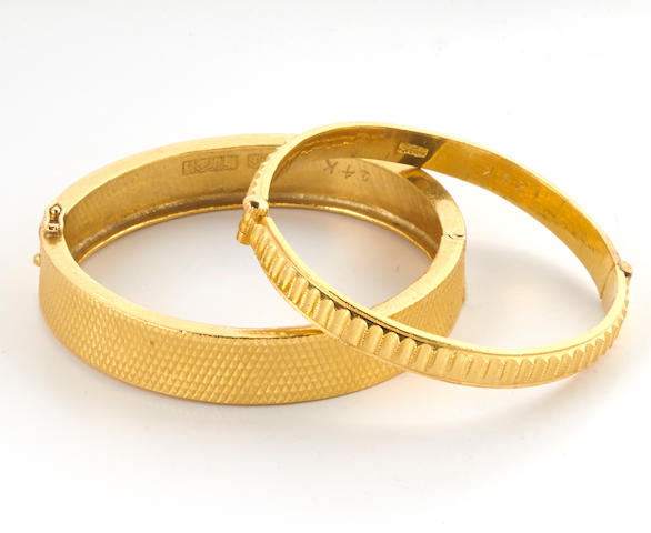 Two high karat gold bangle bracelets