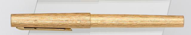 PARKER: Parker 105 Royal Wedding Commemorative Limited Edition 1000 Fountain Pen