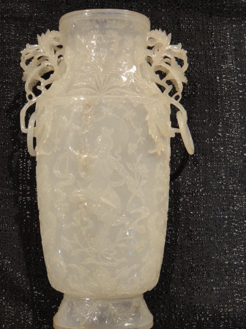 A very fine white jade Mughal style vase and cover
