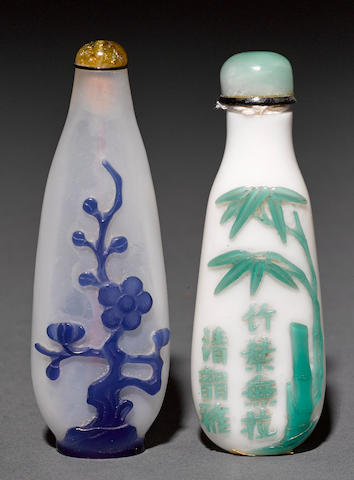 Two glass overlay snuff bottles 1820-1880