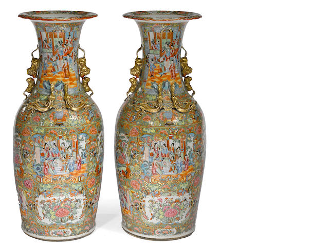 A pair of tall Rose Medallion export porcelain vases 19th century