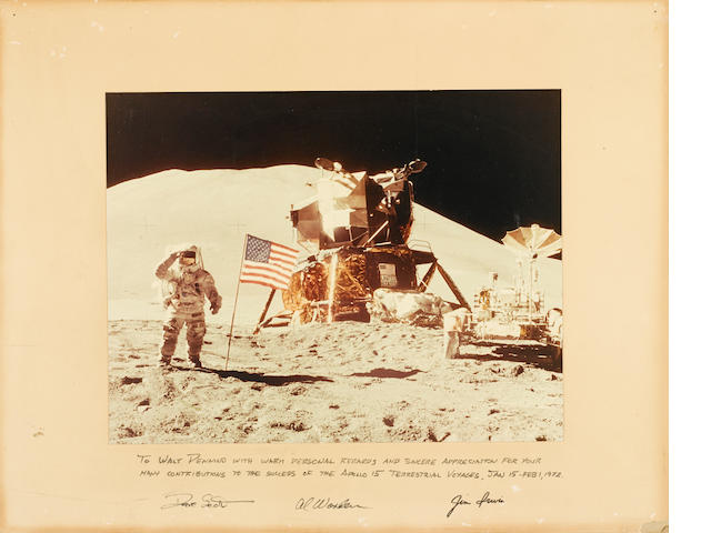 DAVE SCOTT SALUTES THE FLAG.