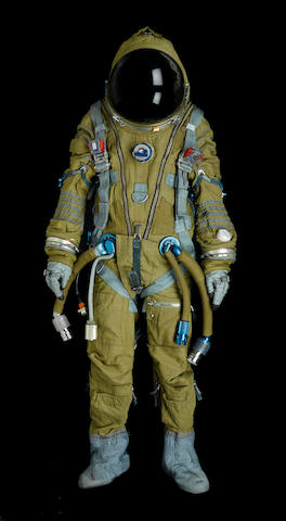 SOVIET FULL PRESSURE STRIZH RESCUE SPACESUIT. Full pressure spacesuit, manufactured by NPP Zvedza, ca. 1988.