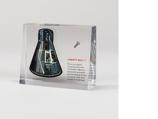 FLOWN MERCURY SPACECRAFT LIBERTY BELL 7 BOLT.