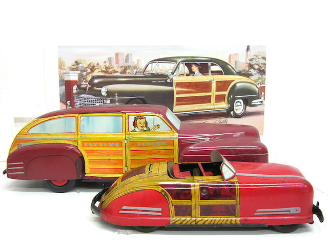 A lot of two Wyandotte Toys tin litho cars, circa 1947,