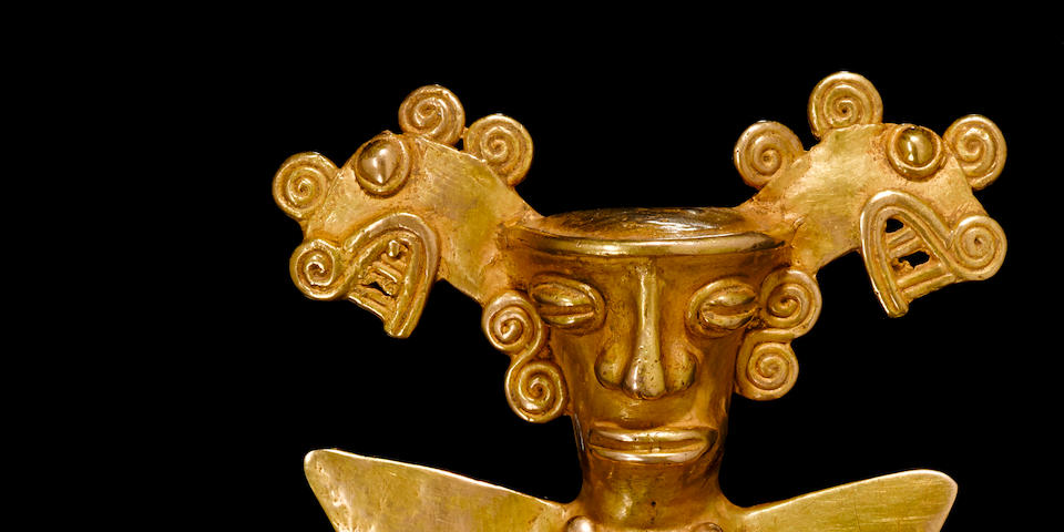 Fine and Large Costa Rican Gold Pendant of a Seated Ruler, Highlands/Atlantic Watershed, ca. A.D. 800 - 1500