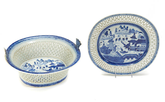 A Chinese Export blue and white porcelain reticulated basket and underplate