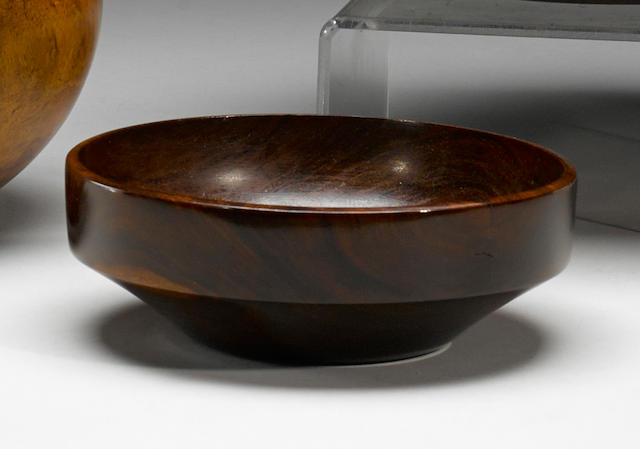 "Rare ""Lahaina"" Style Bowl, Hawaiian Islands"
