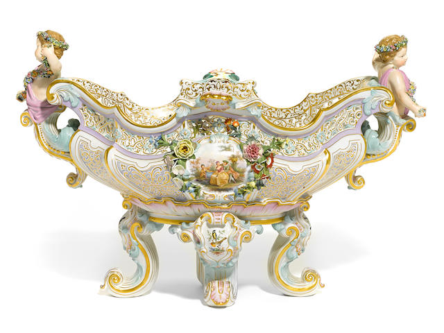 A Meissen porcelain centerpiece bowl late 19th century
