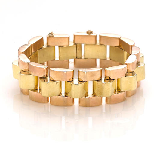 A retro eighteen karat rose and yellow gold bracelet,
