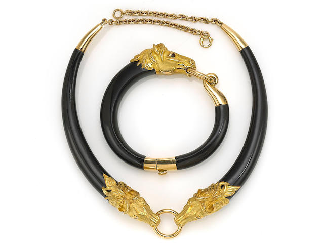 A horn and eighteen karat gold necklace together with a bangle bracelet, French