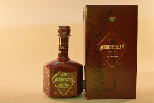 Auchentoshan- 25 years old (1)