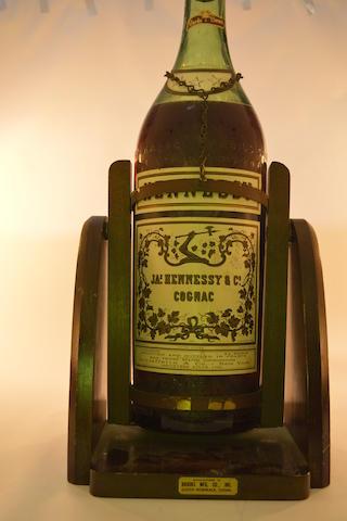 Hennessy 3 Star Cognac (1)  Dom Benedictine (1)