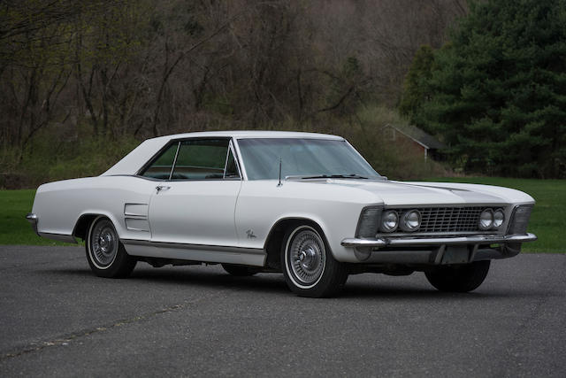 <b>1963 Buick Riviera Sport Coupe </b><br />Chassis no. 7J1032117