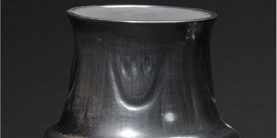 A Santa Clara blackware jar