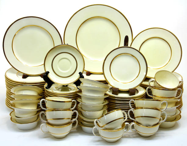 An extensive Minton Bone china dinner service in pattern 8721 retailed by Nathan Dohrmann Co., San Francisco, California