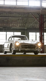 <i>The ex-Pat Boone - From the Bob Ullrich Collection</i><br /><b>1954 MERCEDES-BENZ 300SL GULLWING COUPE  </b><br />Chassis no. 198.040.4500130 <br />Engine no. 198.980.4500145