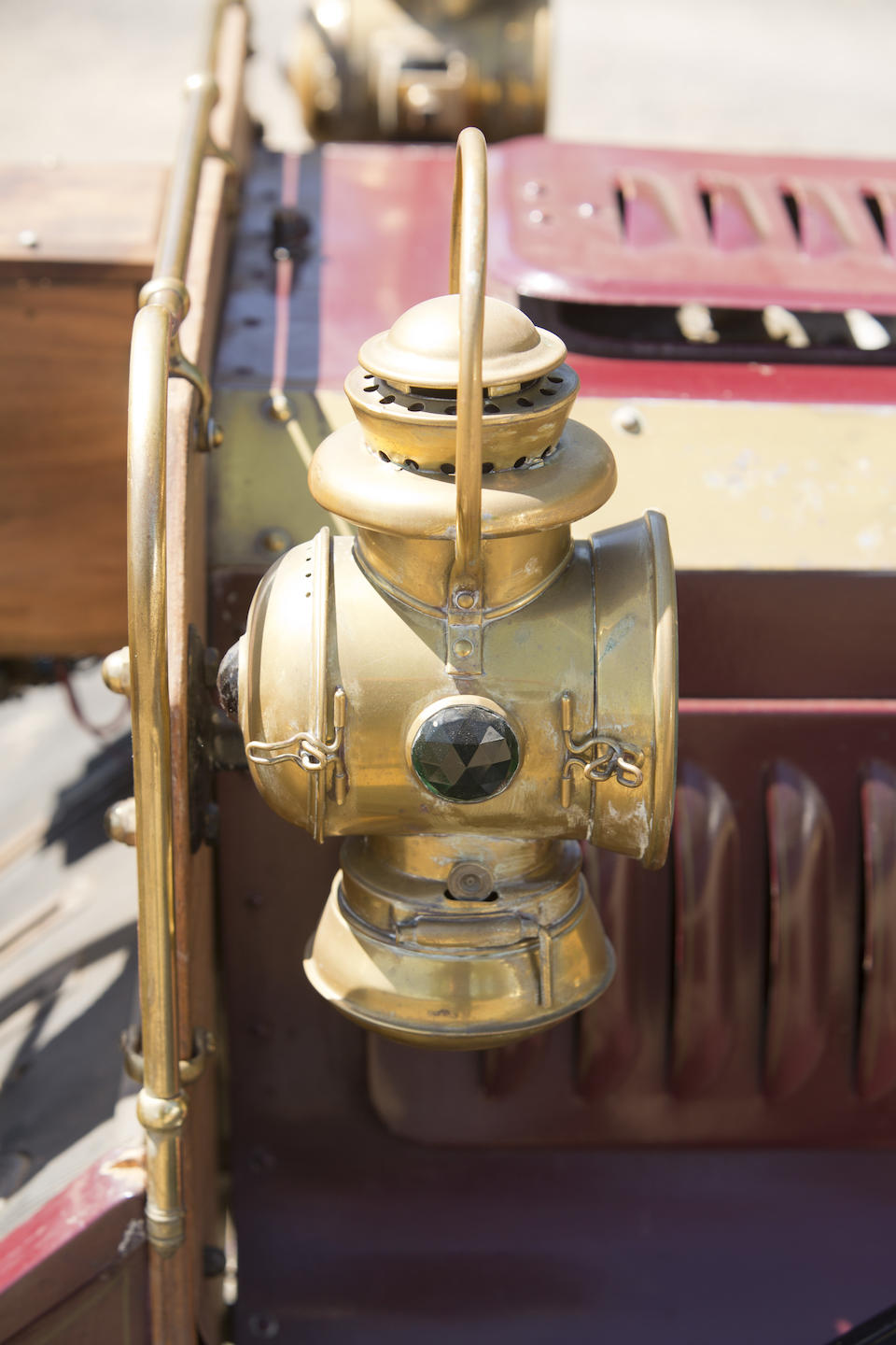<i>From the Robert Ullrich Collection</i><br /><b>c.1905 REO RUNABOUT  </b><br />Chassis no. 3106