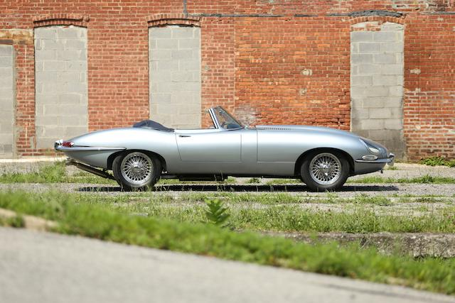 <b>1964 JAGUAR E-TYPE SERIES 1 3.8-LITER ROADSTER  </b><br />Chassis no. 880500 <br />Engine no. RA4166-9