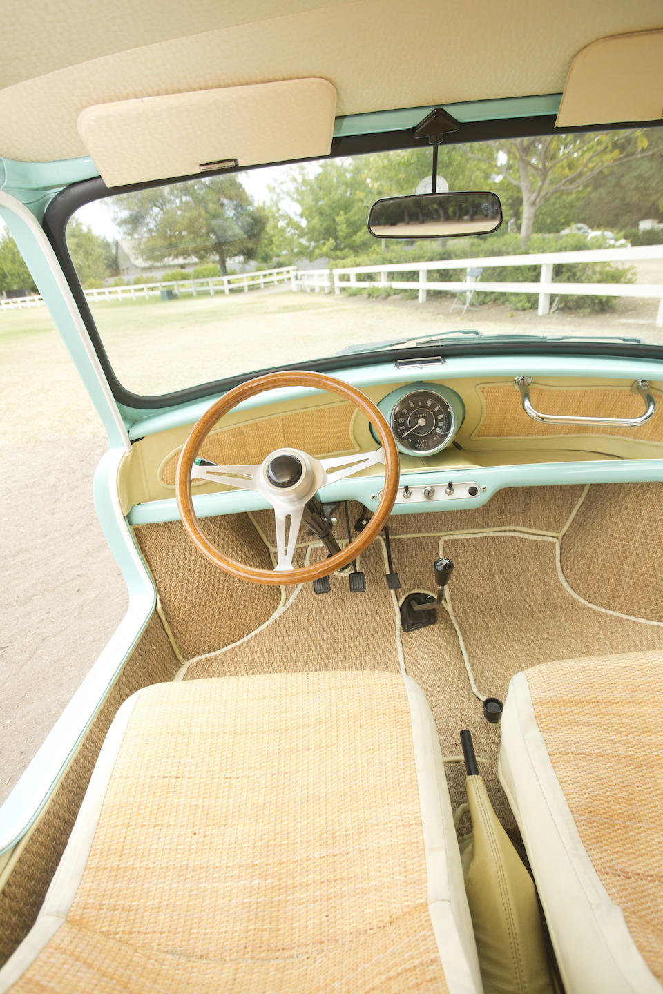 <b>1962 AUSTIN MINI BEACH CAR  </b><br />Chassis no. A-AY1L-197664 <br />Engine no. 8AM-U-H264329