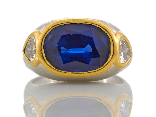 A sapphire and diamond ring, Bulgari