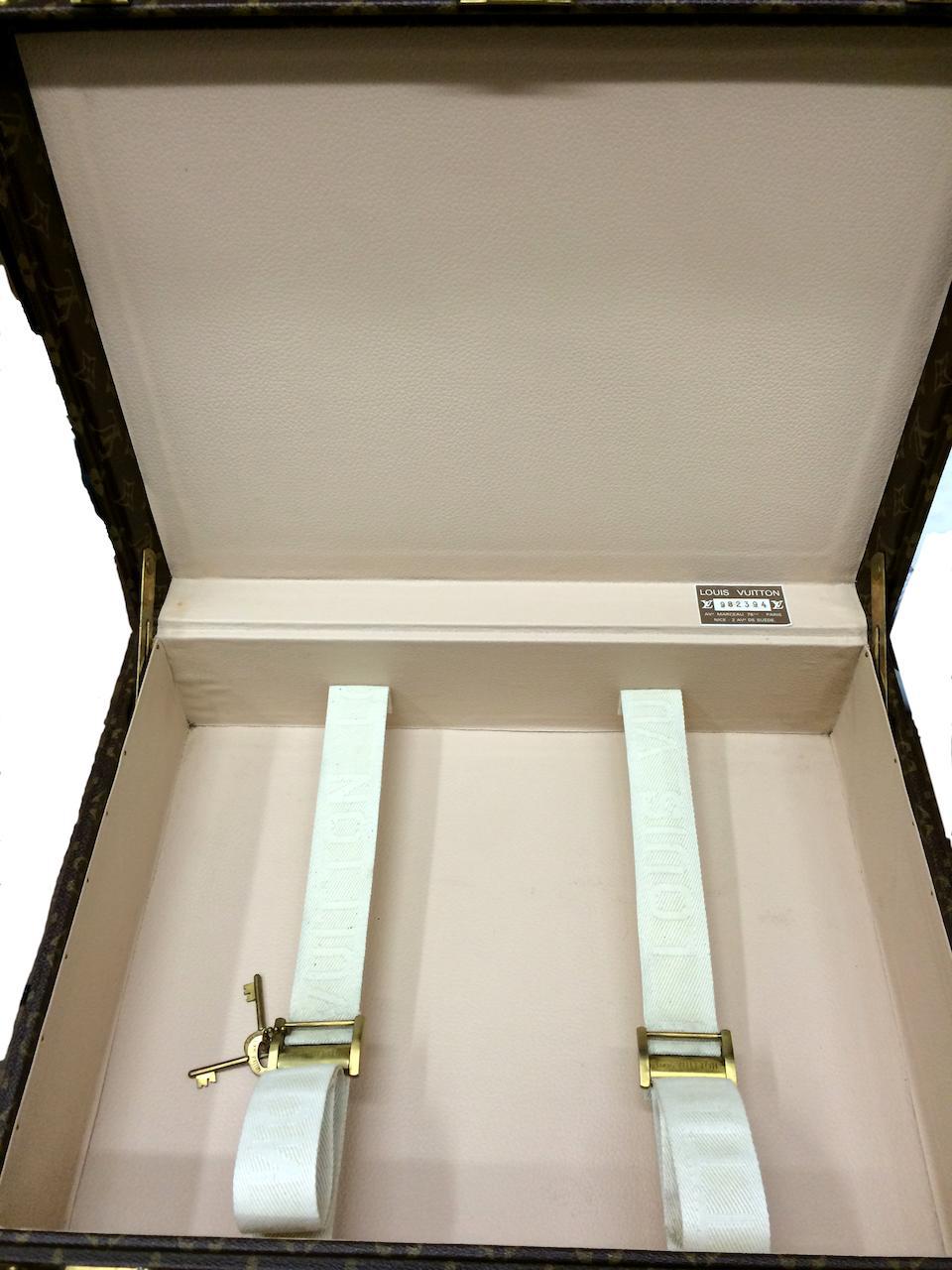 A fine Louis Vuitton suitcase,