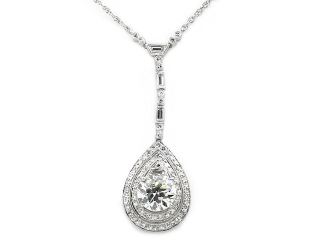 A diamond pendant/necklace