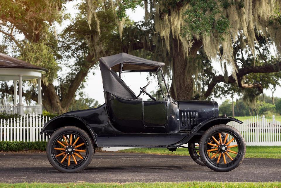 <i>From the Estate of John G. Middleton</i><br /><b>1924 Ford  Model T Roadster  </b><br />Engine no. 9787170