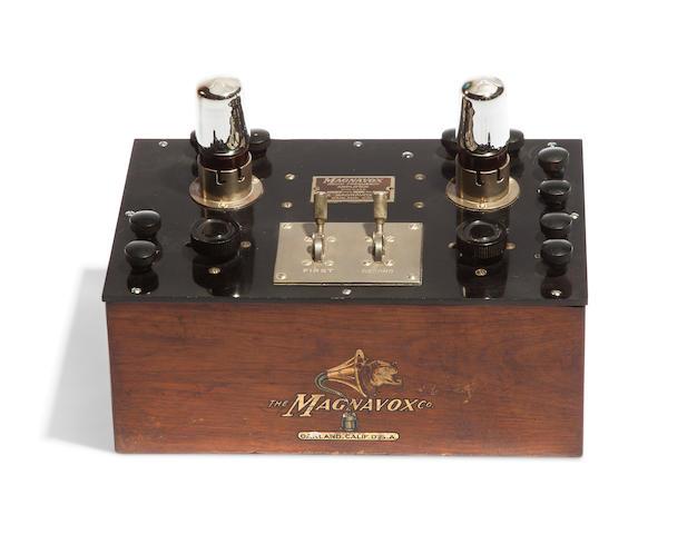 MAGNAVOX CO. Magnavox Audio Frequency Amplifier. Oakland, Ca: The Magnavox Co., ca. 1921.