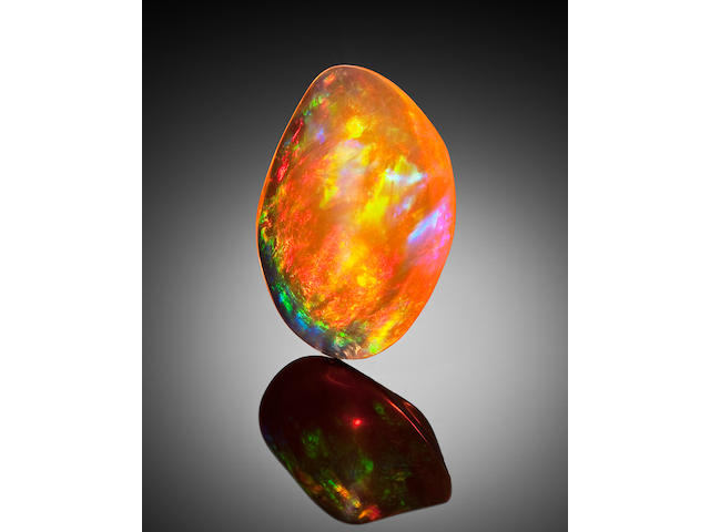 Superb Contra Luz Fire Opal