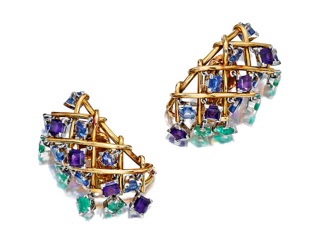 A pair of gem set and 18K gold ear clips  montures Schlumberger,