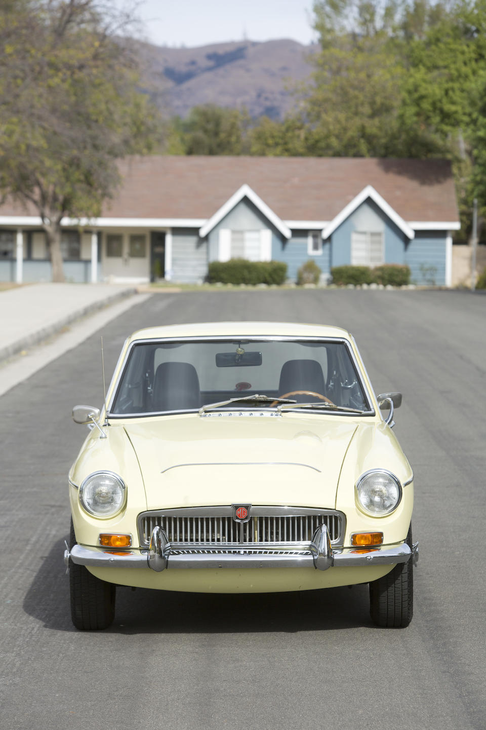 Bonhams : 1969 MGC GT Coupe Chassis no  GCD1U/8209G Engine