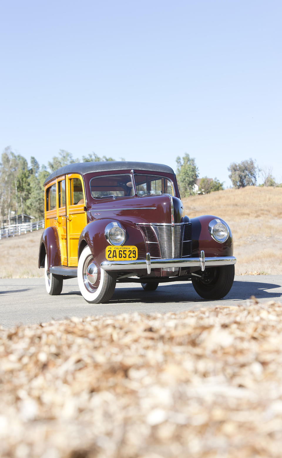 1940 Ford  Deluxe Woodie Station Wagon  Chassis no. 5266500