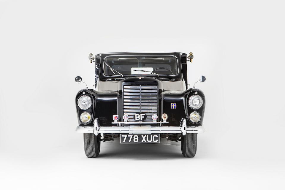The ex-Nubar Gulbenkian,1960 AUSTIN FX4 BROUGHAM SEDANCA  Chassis no. FX4AT033U010