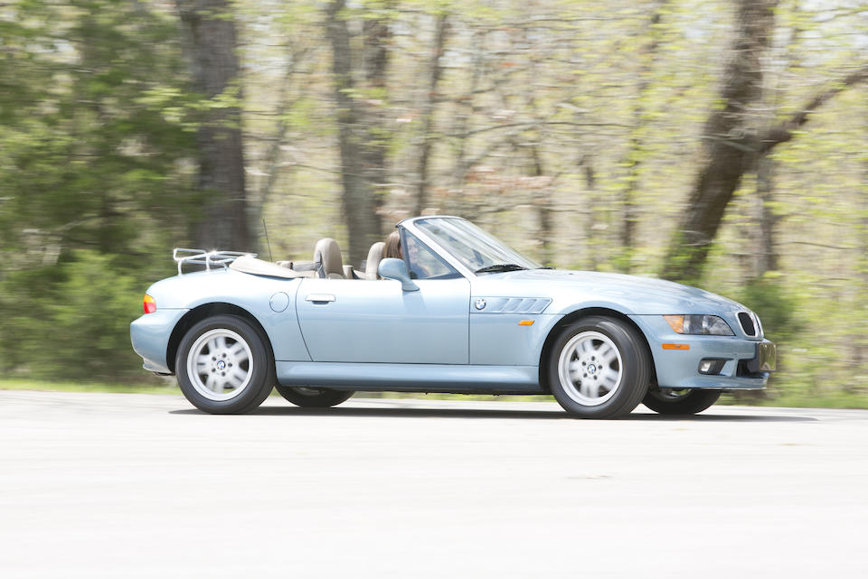 <b>1996 BMW Z3 James Bond Edition Roadster  </b><br />VIN.4USCH7325TLE00762